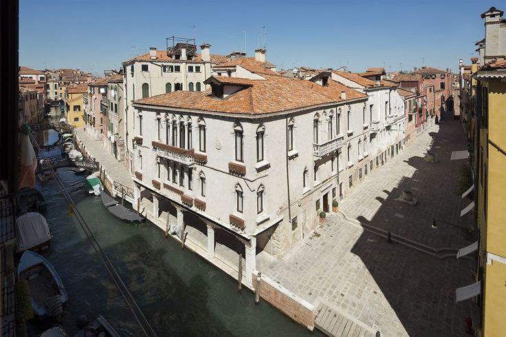 Venice Hotels: UNA Hotel Venezia #Venice, Italy is closely located to Ca' d'Oro, Rialto Bridge, St. Mark's Basilica and Squero di San Trovaso.  http://www.lowestroomrates.com/avail/hotels/Italy/Venice/UNA-Hotel-Venezia.html?m=p #lowestroomrates