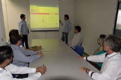 Novo Portal da Transparência será implantado em março http://www.passosmgonline.com/index.php/2014-01-22-23-07-47/geral/9943-novo-portal-da-transparencia-sera-implantado-em-marco