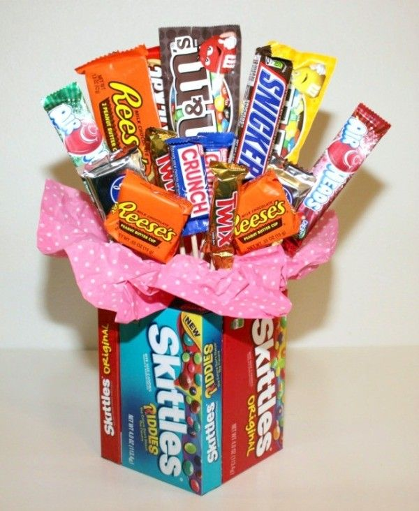 Candy bouquets are a fun gift to give or receive, but they can be expensive to buy! Luckily they are easy to make yourself and much cheaper.