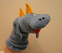 Dinosaur Sock Puppet 1 http://www.allkidsnetwork.com/crafts/animals/dinosaurs/?utm_source=EmailDirect.com_medium=Email_campaign=Newsletter_Creative1_Send-7-27-13+Campaign