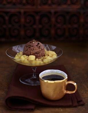 Schoko-Zimt-Eis mit Birnenkompott