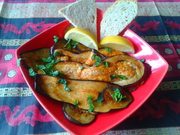 Marokański bakłażan. Przenieś się w kulinarną podróż do Maroka!