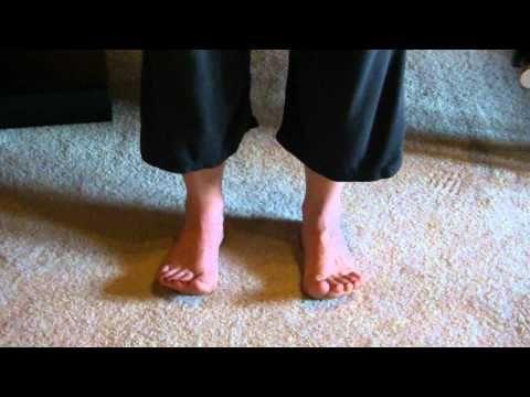 Befreien Sie sich von Fußschmerzen in Minuten mit diesen 6 effektiven Strecken |  Weiblicher Fit Körper