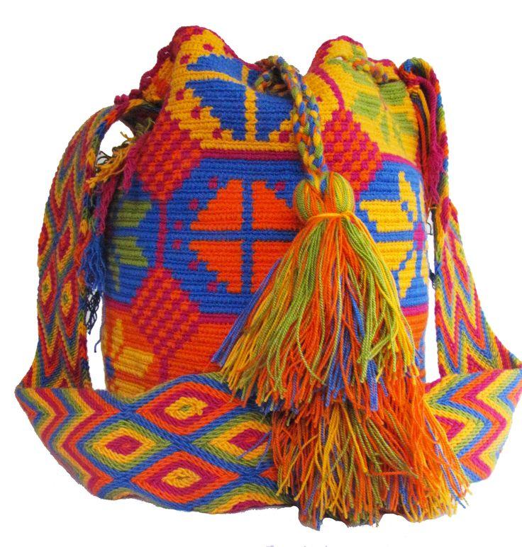 www.mochilaswayuu... www.facebook.com/Wayuuuuuu www.etsy.com/... whatsapp :+57 3203459226 $43 USD #wayuu #crochet #handmade #crochet #boho #bohostyle #bohochic #hippie #cartagena #colombia #colombiabags #art #wayuutribe #mochilaswayuu #mochilas