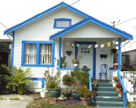 Trim color white house with blue bitty bungalow in - Trim colors for white house ...