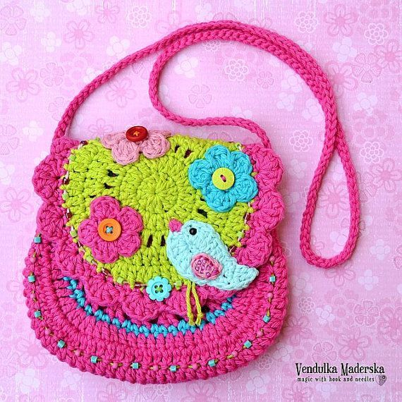 Birdie purse crochet pattern DIY by VendulkaM on Etsy