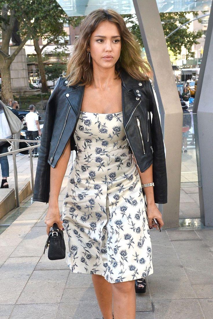 celebstills: Jessica Alba -Tory Burch Módna prehliadka v New Yorku, september 2015
