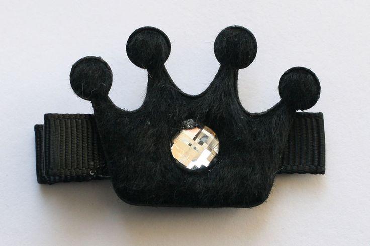CC15048 Black Crown