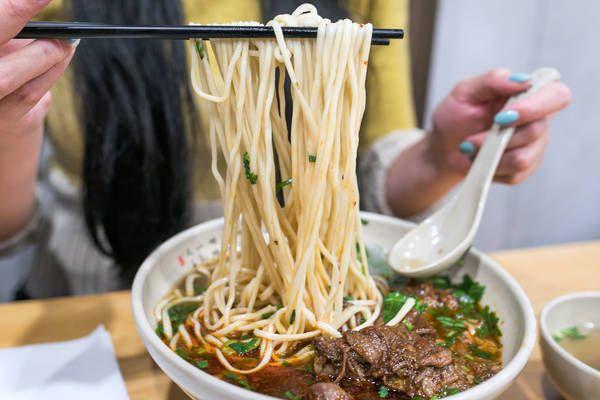 A Brief History Of The Ward Toronto S Notorious Slum Best Vegetarian Restaurants Beef And Noodles Hummus Restaurant