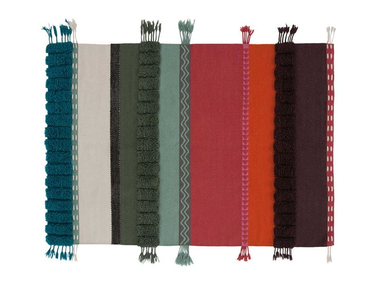 GAN has travelled the world to bring you the Glaoui Collection. Featuring the Glaoui Alexandra Rug Colours.