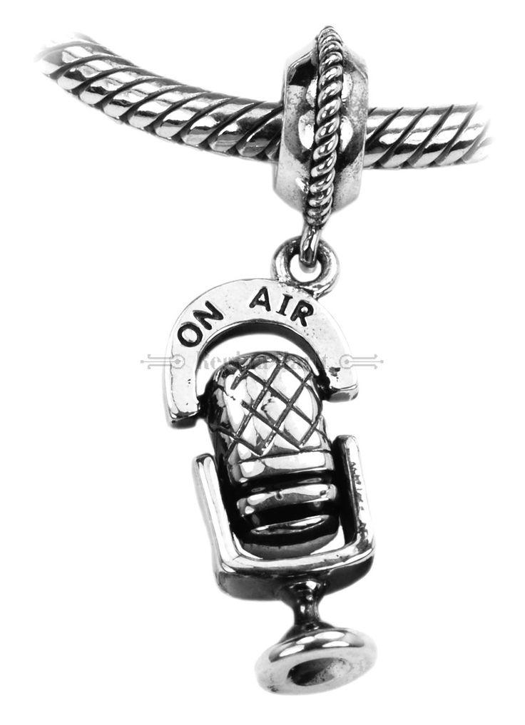 Pendente microfone, mod. 2, berloque em prata maciça
