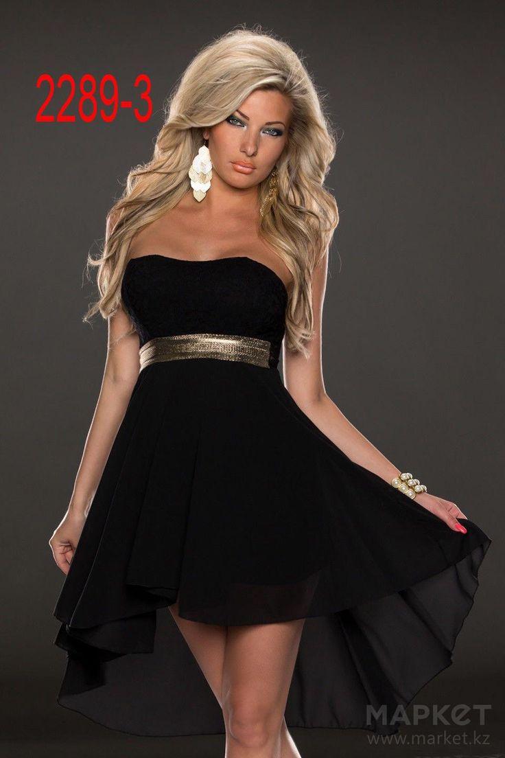 Фото: Тина Тернер предпочла для свадьбы шикарное черное платье