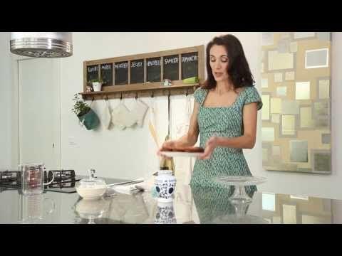 ▶ Red Velvet Cake con mascarpone e Amarena Fabbri con Csaba dalla Zorza - YouTube