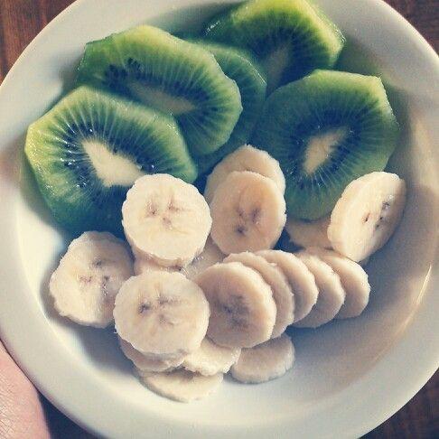 Kiwi and bananas