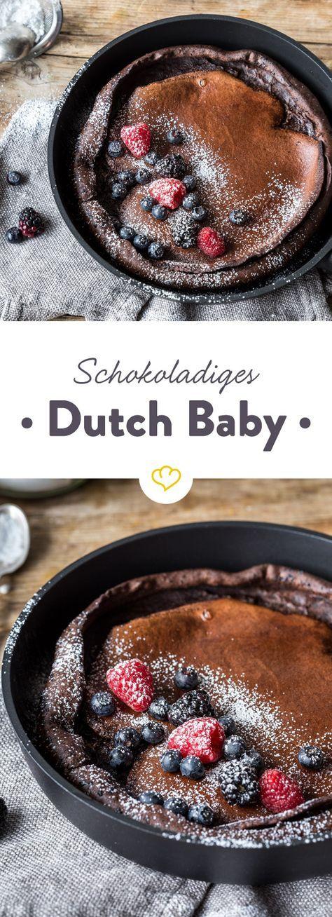 Du magst Dutch Babies? Versuch dieses Schoko Dutch Baby, dass du süß oder herzhaft belegen kannst und mit niemandem teilen musst!