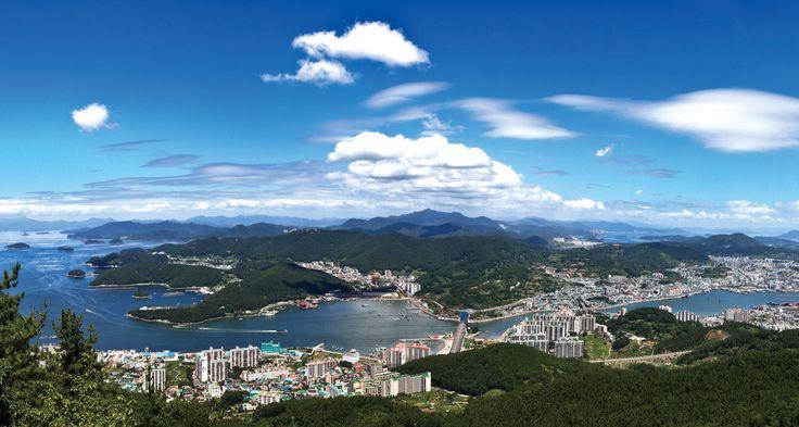 Cityscape of Tongyeong South Gyeongsang Province South Korea [OS] [30711643]