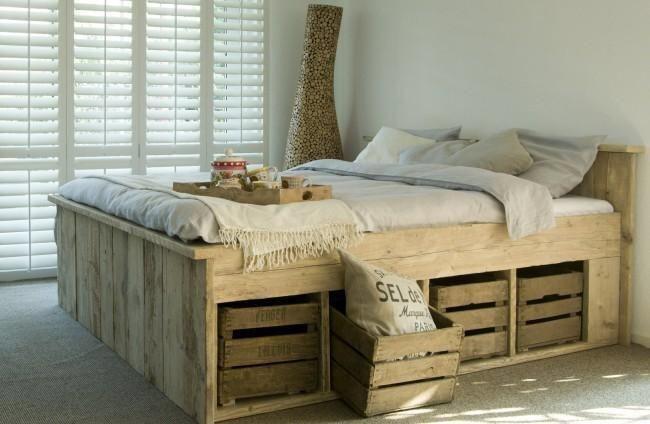 BED GEBRUIKT steigerhout GOEDKOOP Steigerhout Twijfelaar: http://link.marktplaats.nl/1010317184