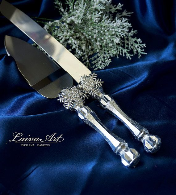 Snowflakes  Wedding Cake Server Set & Knife Cake by LaivaArt