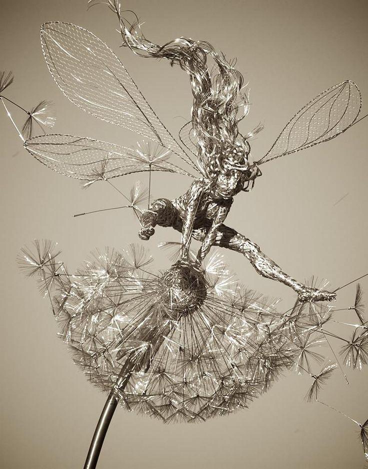 451 best Wire Sculpture images on Pinterest | Bubble wrap, Bubble ...