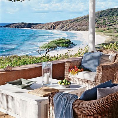One could stay here all day and just relax & dream......