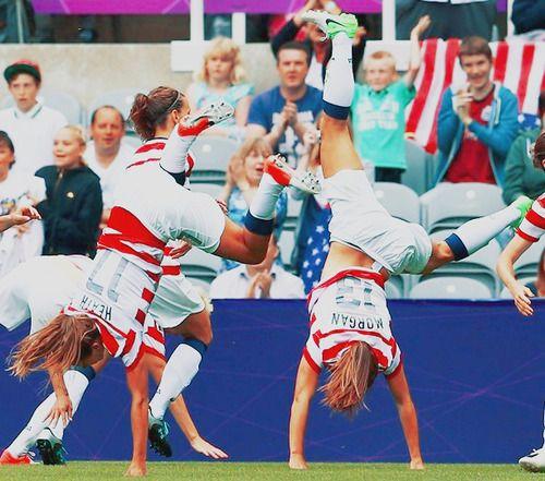 Olympics 2012 - Quarterfinals - USA 2 x 0 NZL  Alex Morgan & Tobin Heath