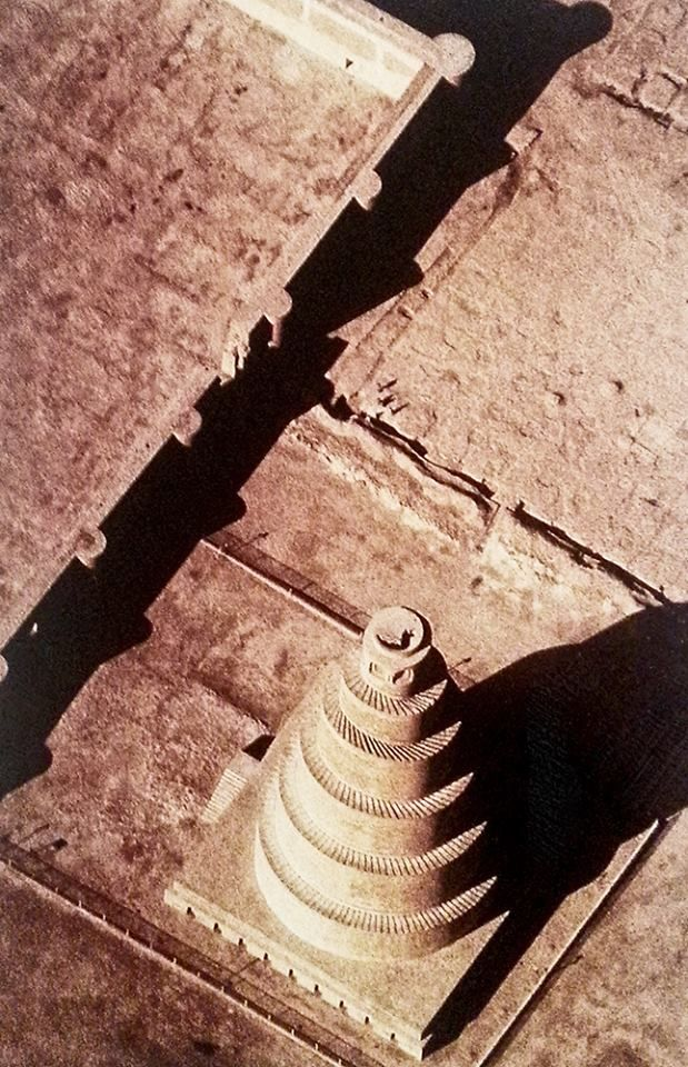 Like a scroll unwinding .. To issue his call to prayer, five times a day the muezzin of #Samarra had to climb the spiral ramp of this minaret, whose brick mass dominated the ninth century Abbasid capital.