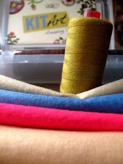 That Crafty Fish x: Wool Threads... interesting...