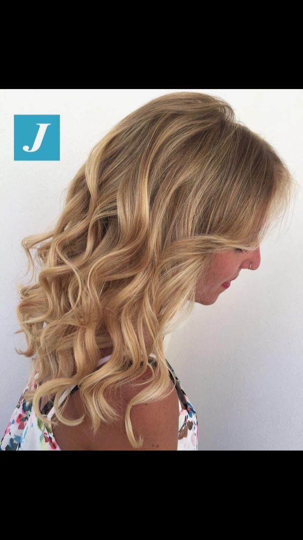 Shades of passion... Degradé Joelle, l'originale...😉 #cinziacaputoparrucchieri #degradejoelle - Cinzia Caputo Parrucchieri centro Degradé Joelle Via Mastelloni, angolo piazza De Gasperi (NUOVA SEDE) - Foggia ✆ 0881 889118 www.cinziacaputoparrucchieri.com  #centrodegradejoelle #foggia #longhair #igers #hairstyle #robadadonne #fashionhair #wella #blondehair #blonde