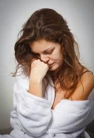 Tekanan Darah Tinggi Akibat Stres,- Banyak yang  mengatakan jika stress dapat  meningkatkan tekanan darah tinggi.  Hal tersebut memang benar adanya,  namun stress bukanlah satu-satunya faktor yang menyebabkan hipertensi.  Terdapat beberapa faktor lain yang dapat menyebabkan hipertensi, diantaranya adalah obesitas, masalah  pembuluh darah, genetik atau  keturunan, dan sebagainya.