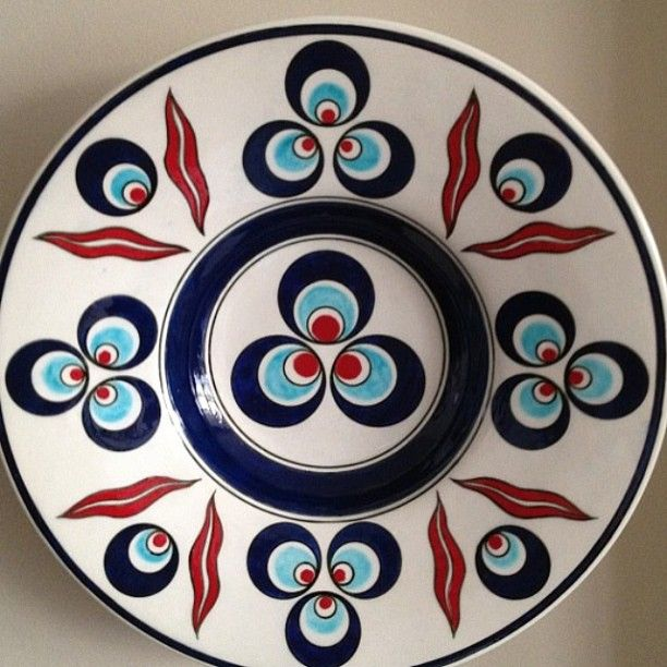 Minel Çini #byozlemkoc #minelcini #mydesign #mywork #iznik #izniktile #ottoman #ottomanart #ceramic #ceramica #ceramicpaint #handmade