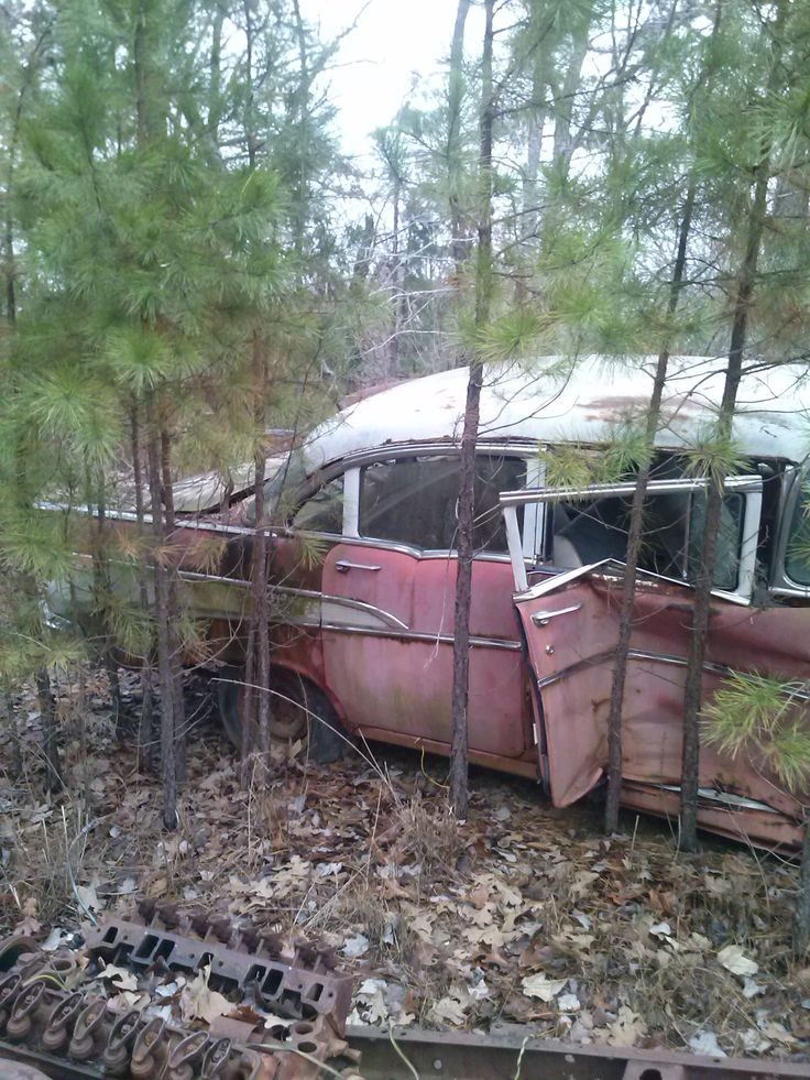 84 best Wrecked Cars & Road Art images on Pinterest | Abandoned cars ...