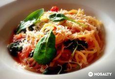 Bébispenótos paradicsomos spagetti