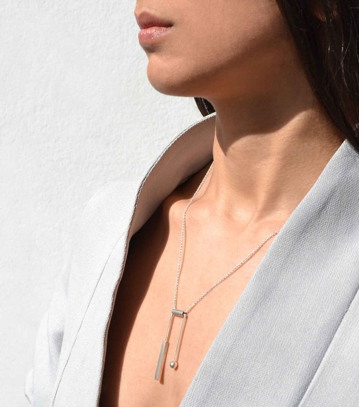 Geo balance necklace - silver