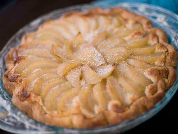 pear and frangipane pie