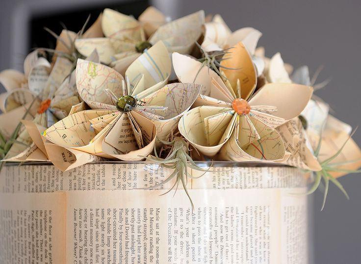 Be unique and make use of origami flowers. Photos by: Natalie Gabriels. Decor styling & Flowers: DiNique Emporium