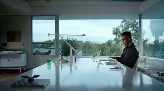"""Tizio Lamp, Italy in the Microsoft Outlook ad featuring Macklemore's """"Can't Hold Us"""" https://www.youtube.com/watch?v=FMEZEJPhVLY"""