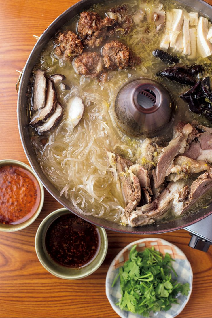 The BEST NABE GUIDE! ザ・ベスト・鍋・ガイド ~アジア鍋からラフロイグ鍋まで~ ──BAO  http://gqjapan.jp/life/food-restaurant/20161124/the-best-nabe-guide-bao
