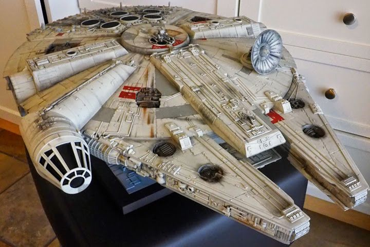 Hasbro Millennium Falcon by Oggie Gonzalez for the video and pics check out the link http://scifiantasy.com/2015/12/01/hasbro-millennium-falcon/