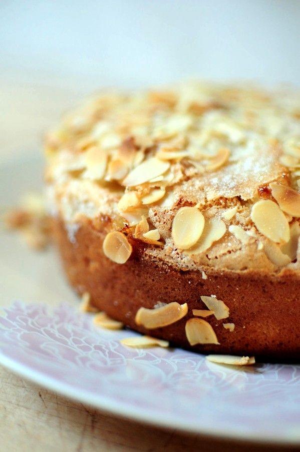 """Gateau """"Le tôt fait aux pommes"""" Un délice, il faut juste trouver comment faire la croûte de sucre"""