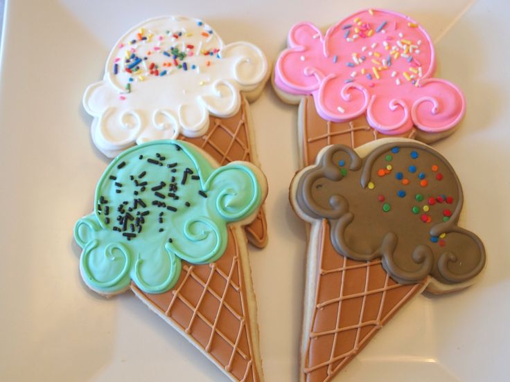 Summer Fun!  Ice Cream Cone Cookies! Keywords:  #weddingreceptiondessertideas #jevelweddingplanning Follow Us: www.jevelweddingplanning.com  www.facebook.com/jevelweddingplanning/