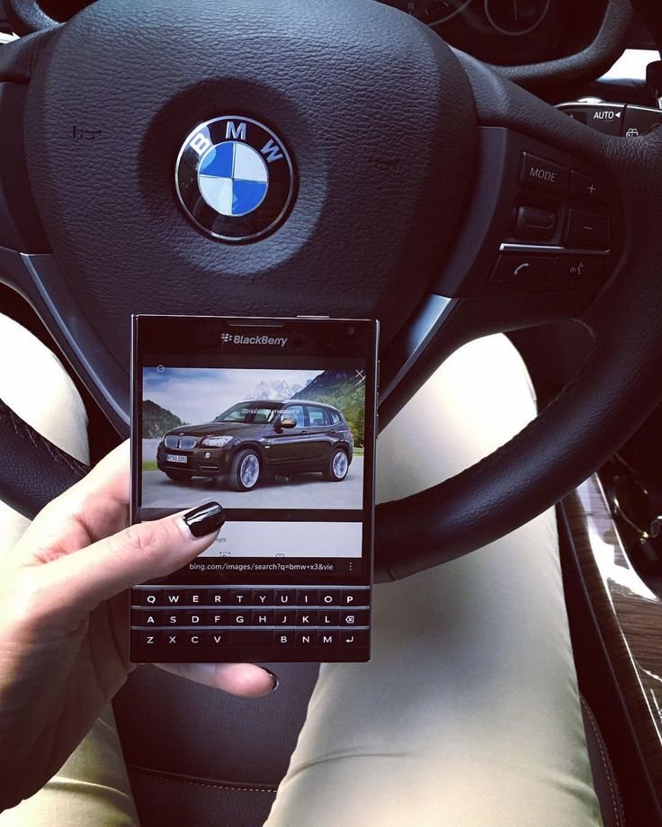 #inst10 #ReGram @louise_blog_ro: Blackberry & BMW  Style  Attitude  Life Through My Eyes  www.louise.ro #40altfel #bedifferent #stuff #blackberry #blackberrypassport #bmw #blog #blogger #travel #stuff #louise #bmwromania #brands #premiumcars #cars #premiumstuff #alldrive @bmwromania @bmwautocobalcescu #BlackBerryClubs #BlackBerryPhotos