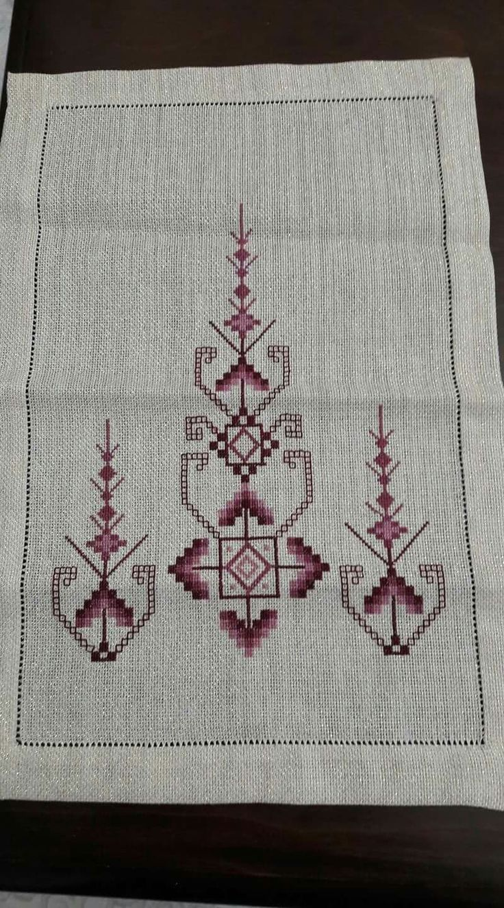 Outline embroidery designs for tablecloth - Centr