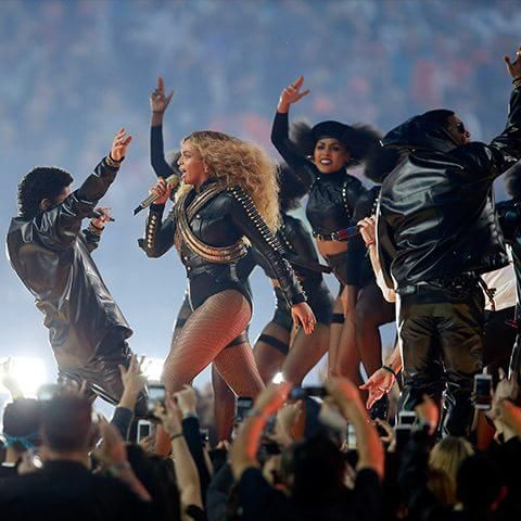 Beyoncé Can't Find Police Volunteers for Concert After Anti-Cop Halftime Show - Breitbart