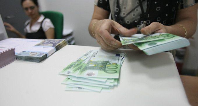 Fondul Monetar International este foarte interesat, in aceste zile, de proiectul electorata, propus de guvernul Ponta si care presupune reesalonarea ratelor pentru romanii care au credite la banci si