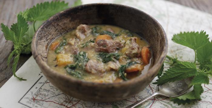 Sopa de verduras, lentejas y cordero con ortigas http://www.eblex.es/ver_recetas_sencillas.php?id_receta=354 #gastronomía #recetas