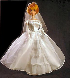Vintage Barbie Bride's Dream #947 (1963-1964)    Bridal Gown  Veil with Pearls  Graduated Pearl Necklace   Long White Gloves  Blue Garter  Bouquet  White Open Toe Heels