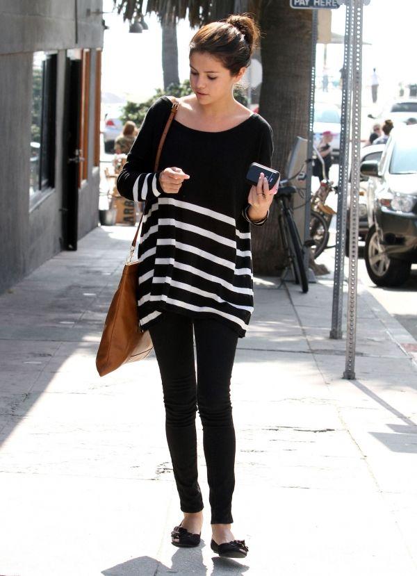 Anna Kastle Oversized Boyfriend Striped Sweater