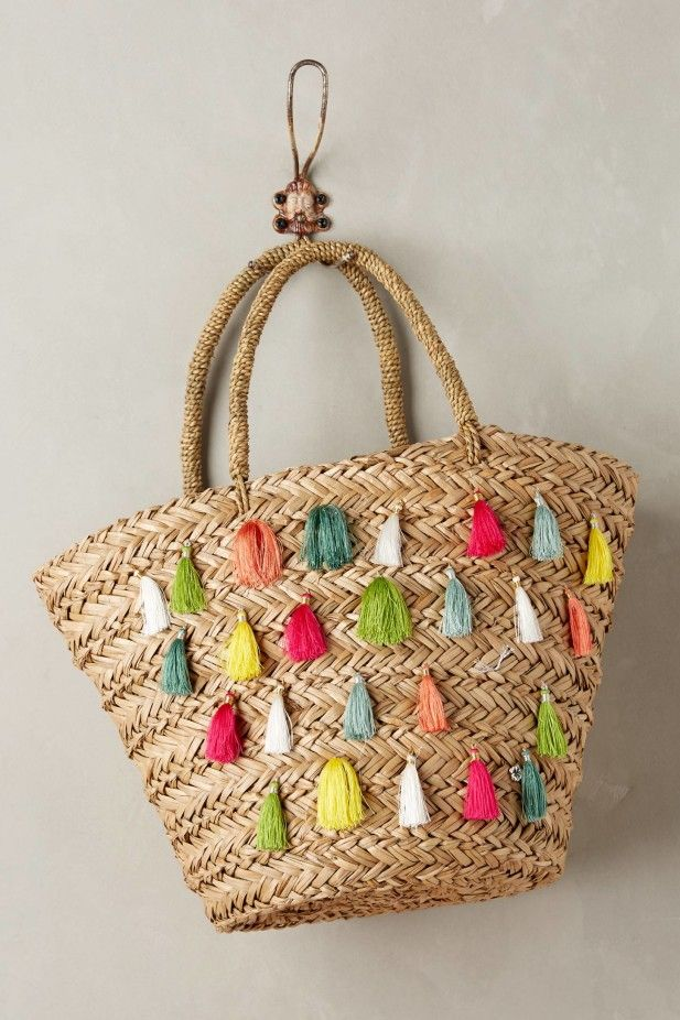5 Beautiful Beach Totes for Your Honeymoon