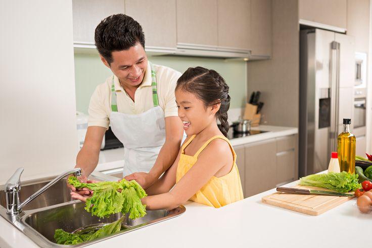 Existem inúmeras doenças transmitidas por alimentos (DTA) contaminados por micróbios e parasitas.