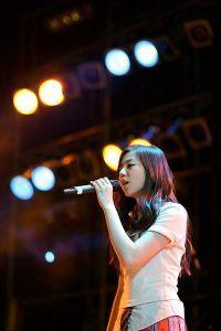 Ahn So-hee, Korean actress, singer